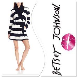Betsey Johnson Chenille Knit Heart Robe Size L
